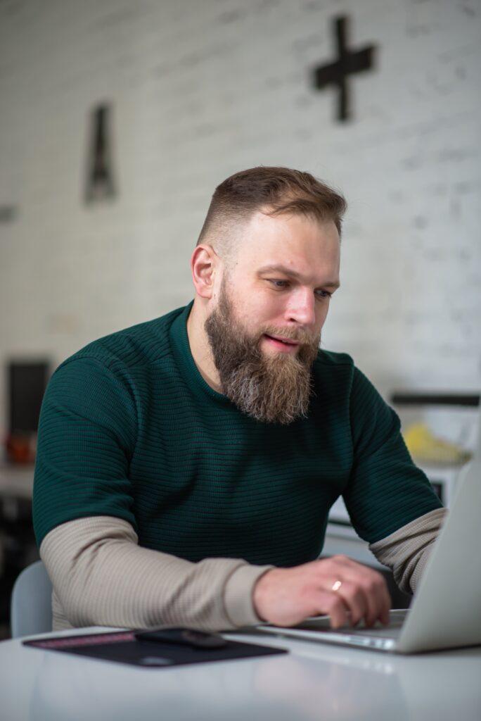Максим Димура - директор веб-студии BUSINESS SITE